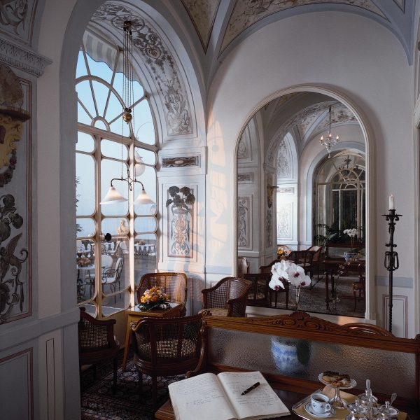 Grand Hotel Excelsior Vittoria Sorrento Bosquet Restaurant veranda sala scrittura